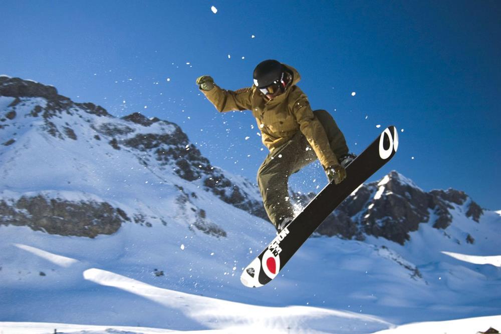 https://st-klemens.ch/web/wp-content/uploads/2020/10/gymnasium-st-klemens-snowboard-1000x667-1.jpg